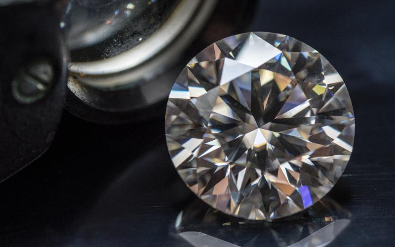 ダイヤモンドの新品・中古について