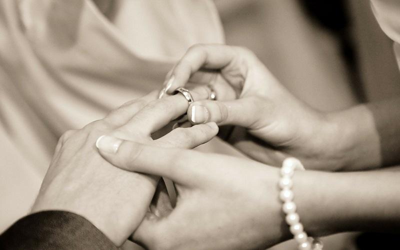 指輪がゆるい時はどうすればいいの?