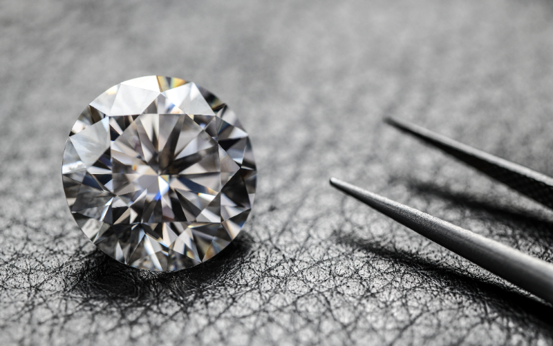 ダイヤモンドの品質評価基準「4C」とは