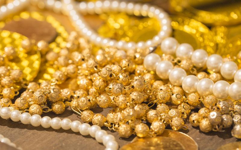 貴金属や宝石の単位「カラット」「トロイオンス」「もんめ」とは?