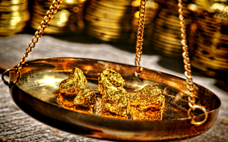 秤に乗せた金地金